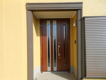 つくばみらい市 N様邸 玄関ドアカバー工法リフォーム事例
