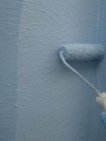 我孫子市B様邸の外壁上塗りの様子