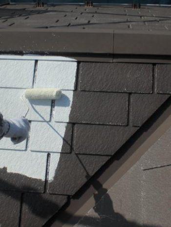 我孫子市B様邸の屋根下塗りの様子