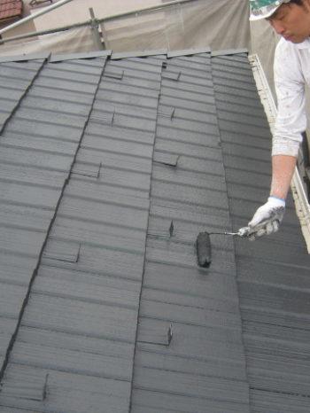 I様邸の屋根上塗り2回目の様子