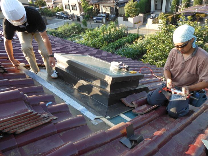 柏市 N様邸 屋根の天窓まわりの雨漏り修理事例