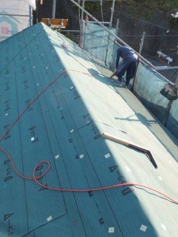 我孫子市K様邸の屋根のルーフィング敷き込み完了したところ