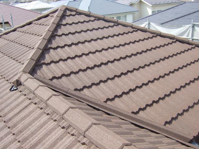柏市K様邸の屋根カバー工法後の様子