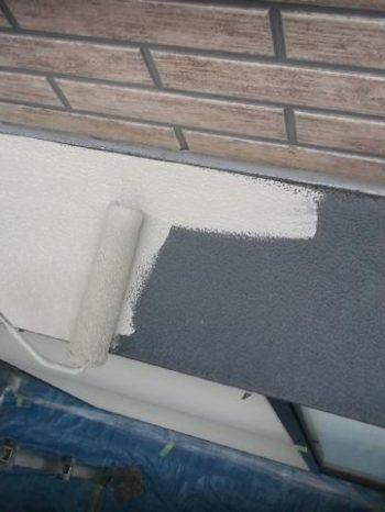 我孫子市K様邸の出窓屋根の錆止め塗装の様子