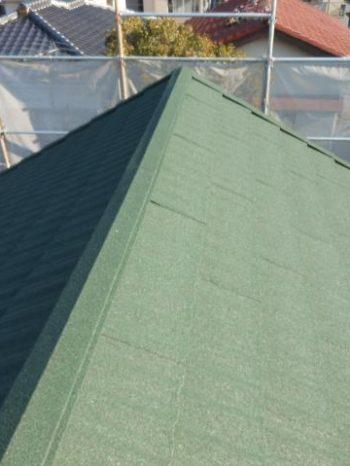 鎌ケ谷市S様邸の屋根カバー工法が完了した様子