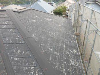 守谷市Y様邸の屋根カバー工法前の様子