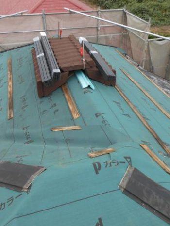 守谷市Y様邸の屋根のルーフィング敷き込みが完了したところ