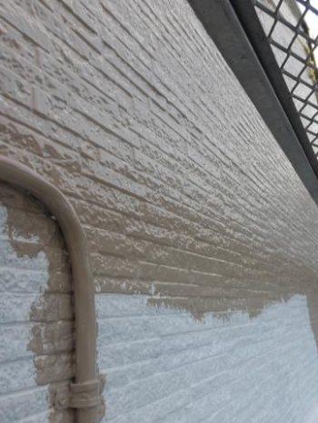 柏市Y様邸の外壁塗装の様子
